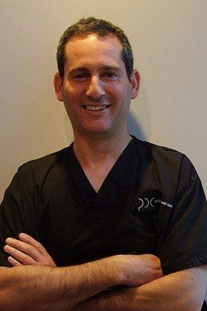 Book Dr Simon Briggs Dentist Pennant Hills